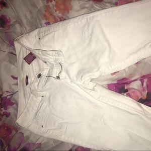 White butt lift YMI skinny jeans 🍑
